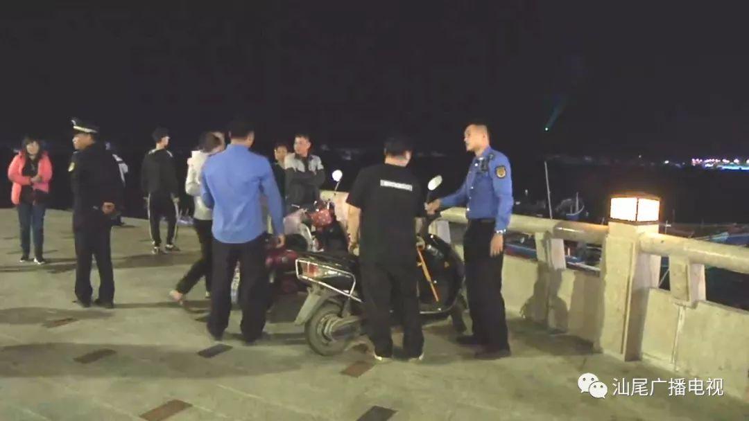 汕尾城区城管局开展摩托车、电瓶车违规行驶停放整治 汕尾新闻